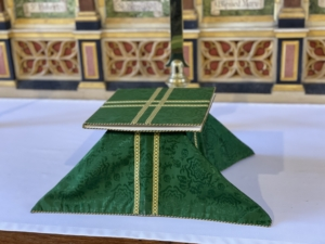 A green chalice burse and veil set for eucharist